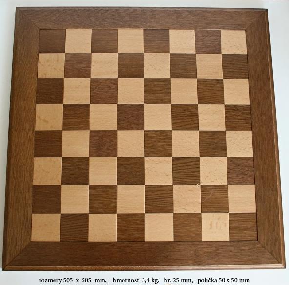 Drevená šachovnica Orech
